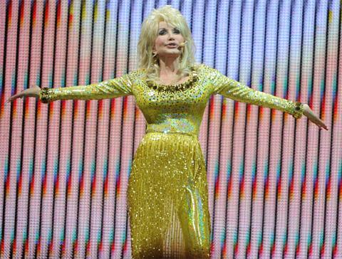 dolly parton performs at londons o2 arena england - A Country Christmas Story