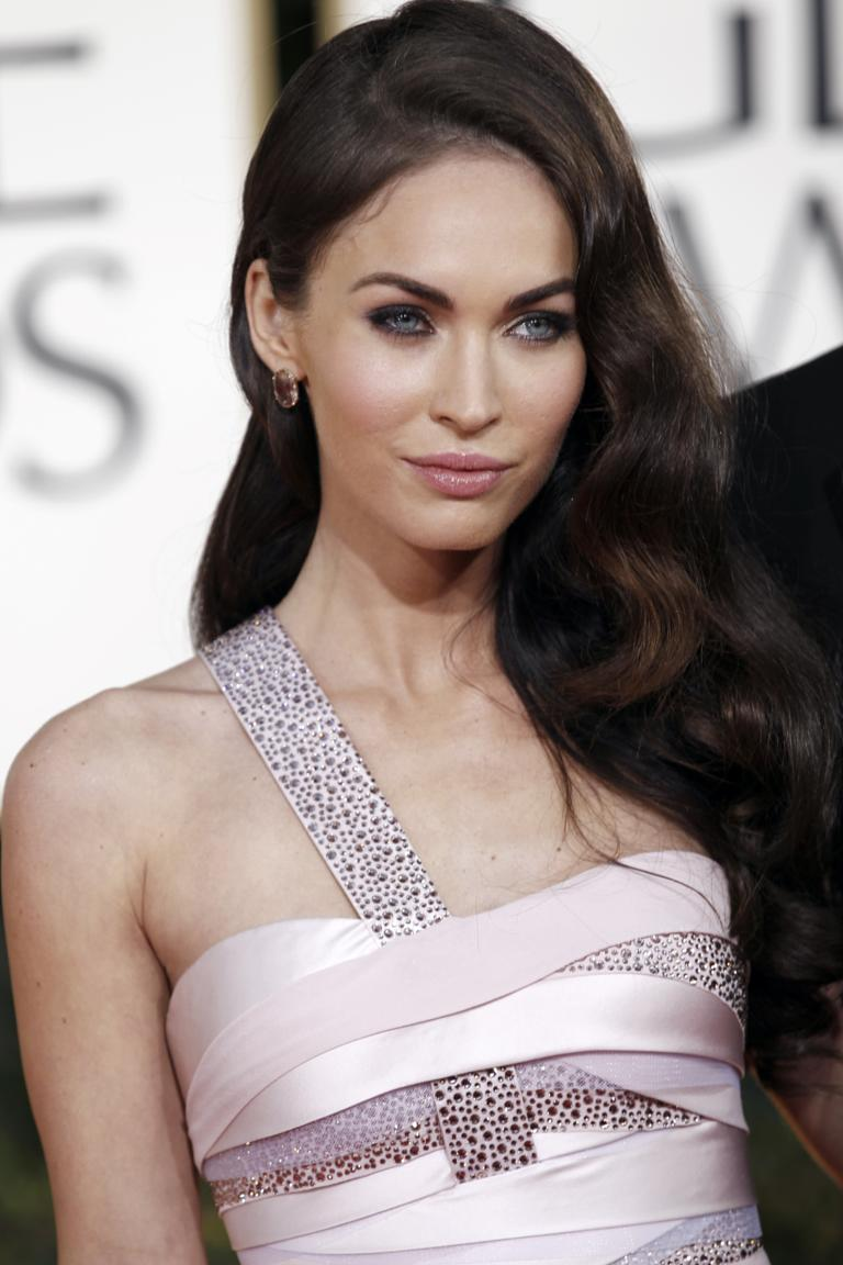 megan fox threatens to sue over 'naked' pictures