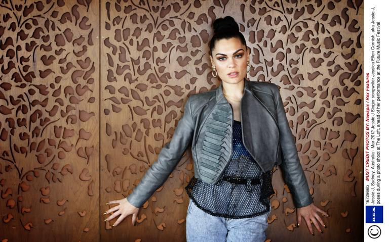 jessie j releases behind-the-scenes look at 'laserlight' music video