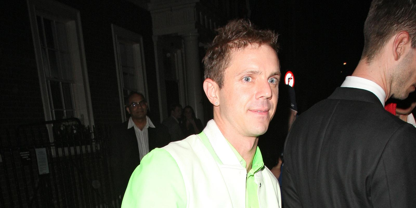 Scissor Sisters Jake Shears Working With Queens Of The Stone Age Jacquelle Eyebrow Scissors