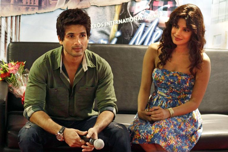 Who is shahid kapoor dating at the moment