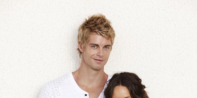 Home And Away Stars Luke Mitchell Rebecca Breeds Marry In Australia