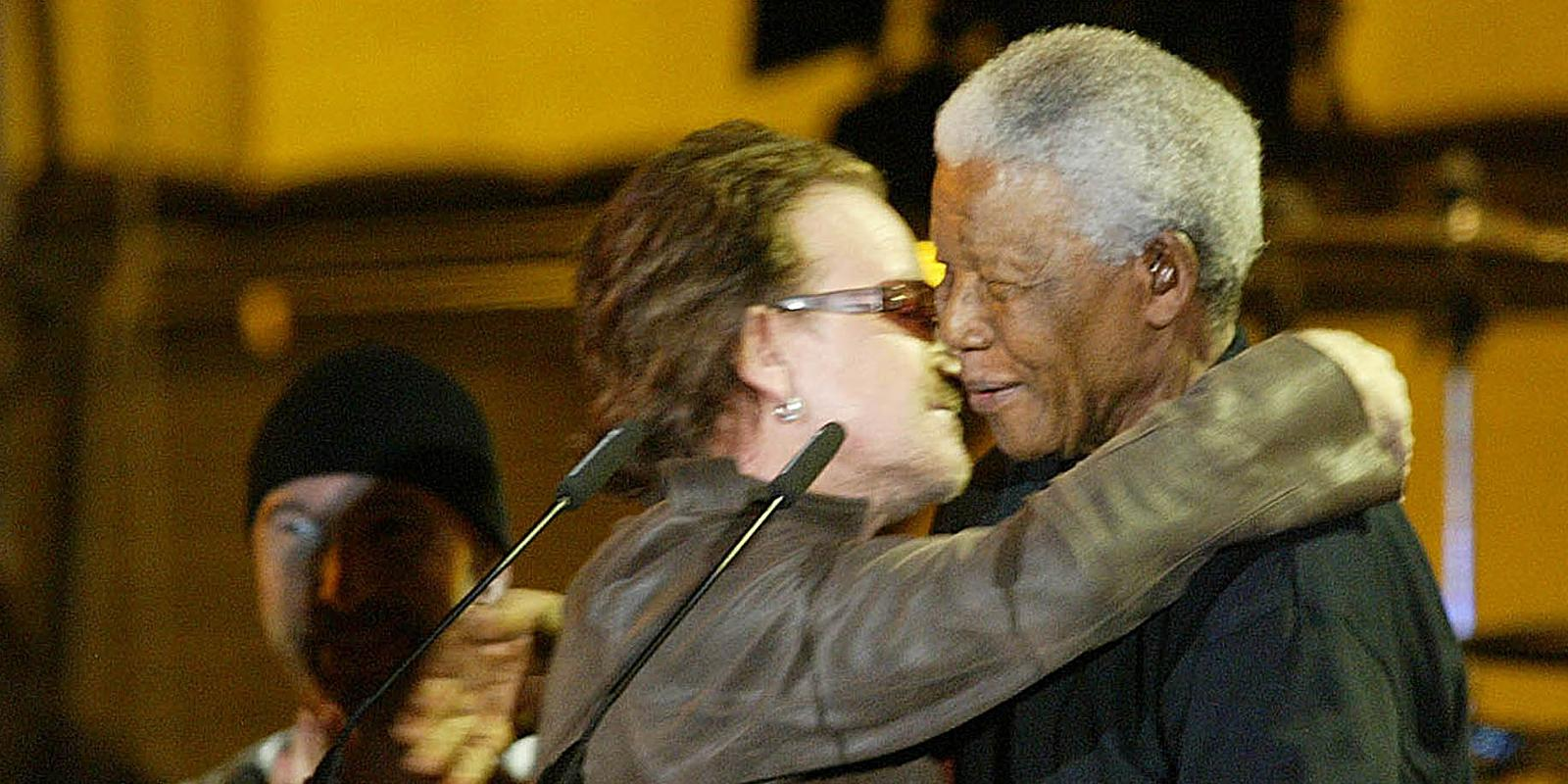 bono essay on mandela Los angeles - u2 frontman bono has paid tribute to nelson mandela by writing an essay on the late anti-apartheid revolutionary the 53-year-old singer, who along with.