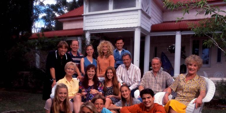 39 home and away 39 classic episodes on 5 week one schedule for Classic house voices