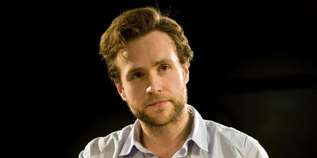 rafe spall net worth