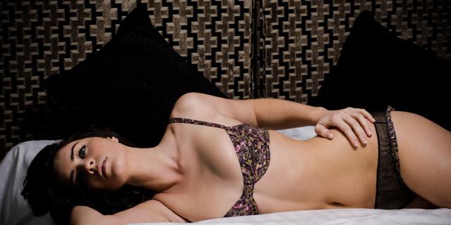 landscape_showbiz-lucie-jones-transparent-lingerie-1.jpg