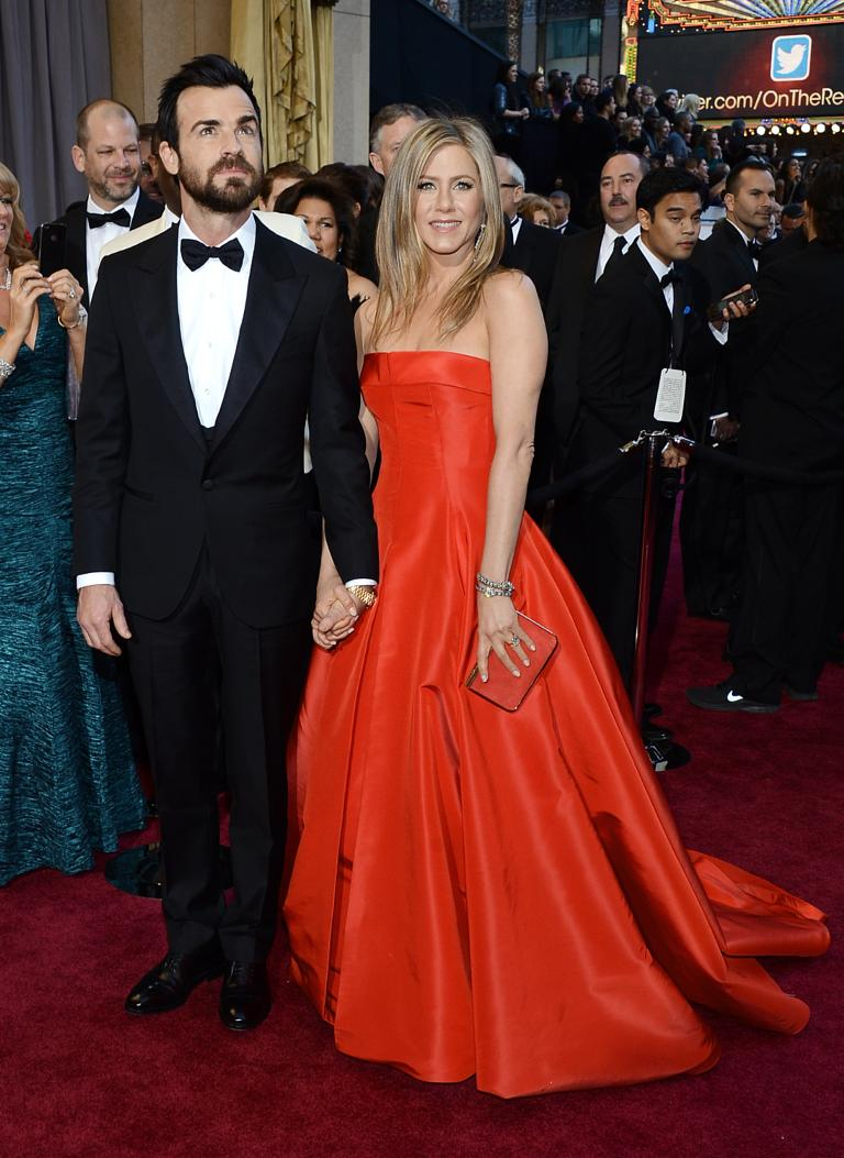 Jennifer Aniston: \'I haven\'t picked out wedding dress yet\'