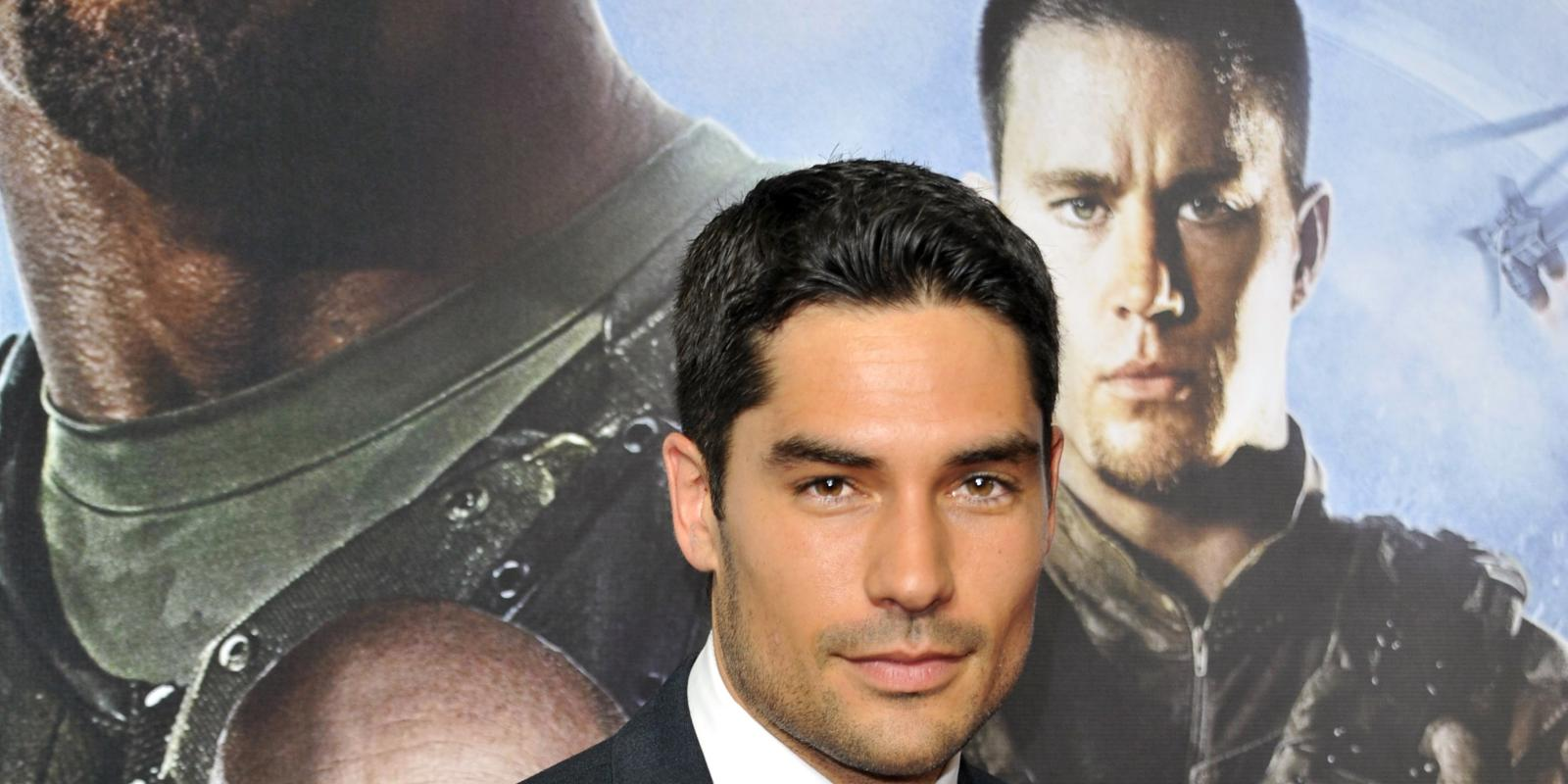 DJ Cotrona On Axed Justice League Movie It Would Have Been - Dj cotrona hairstyle