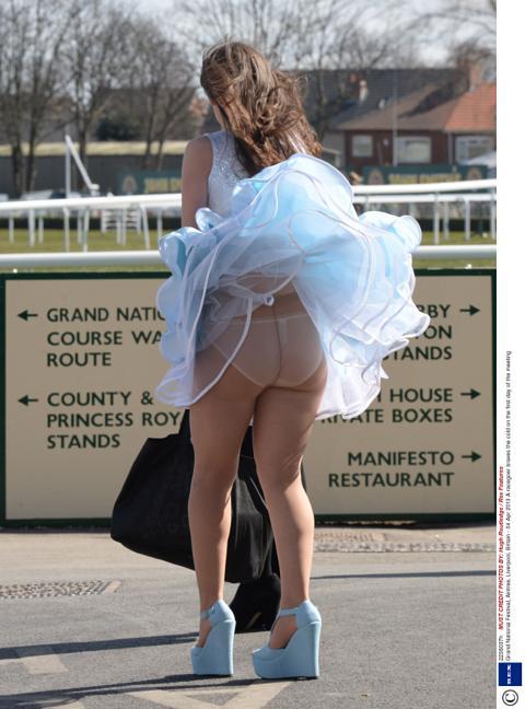 Фото подборка под юбкой фото
