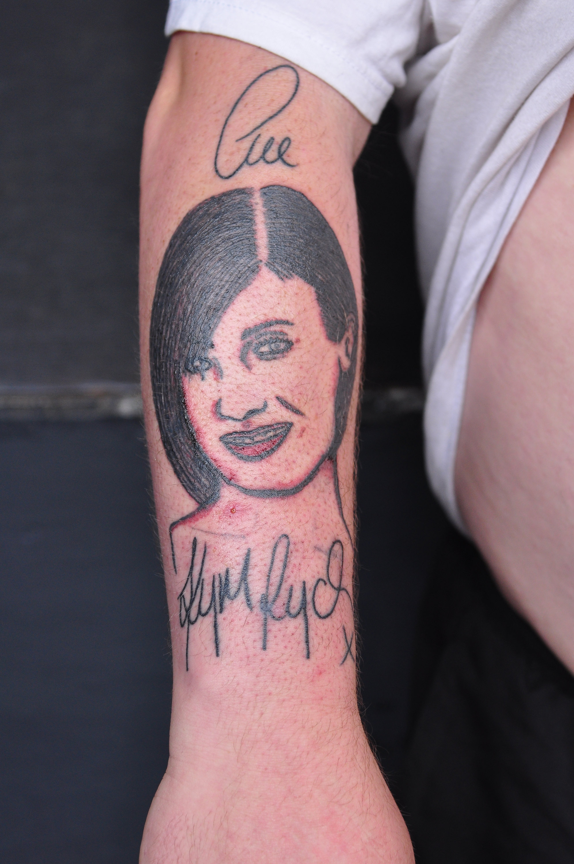 Unbelievable celebrity fan tattoos for Good soap for tattoos