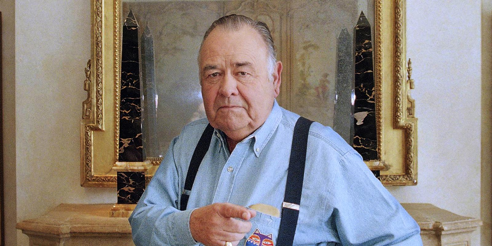 ' ' from the web at 'http://digitalspyuk.cdnds.net/13/15/1600x800/landscape_showbiz-jonathan-winters.jpg'