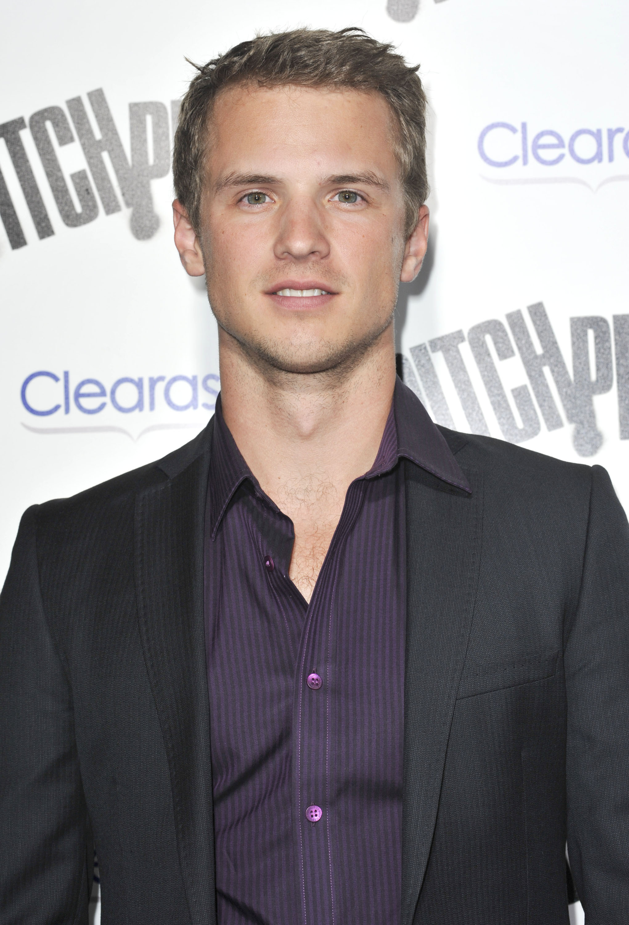 Game Of Thrones Casts Harry Potter Star Freddie Stroma As