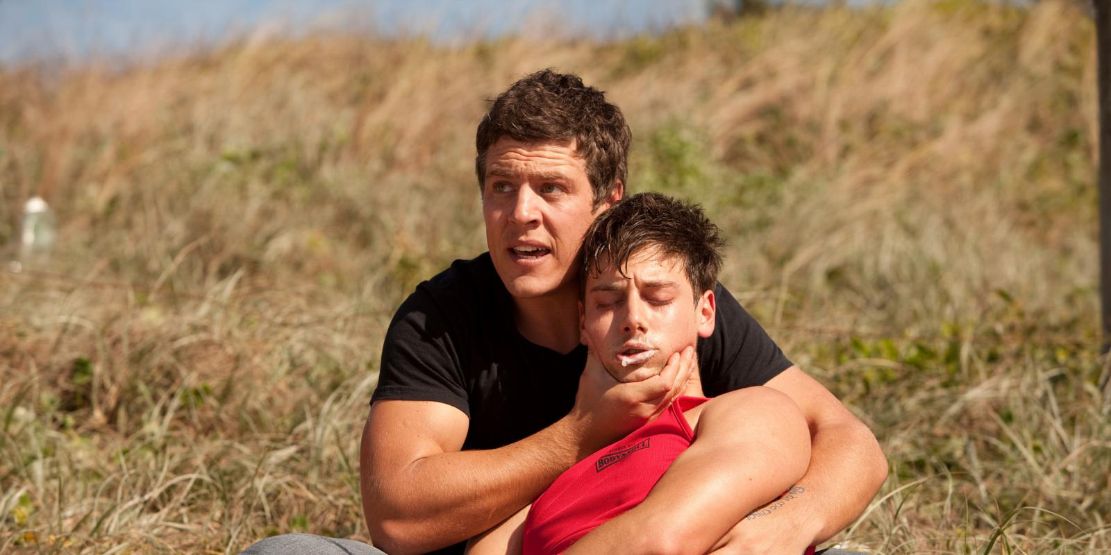 Who Is Casey From Home And Away Hookup