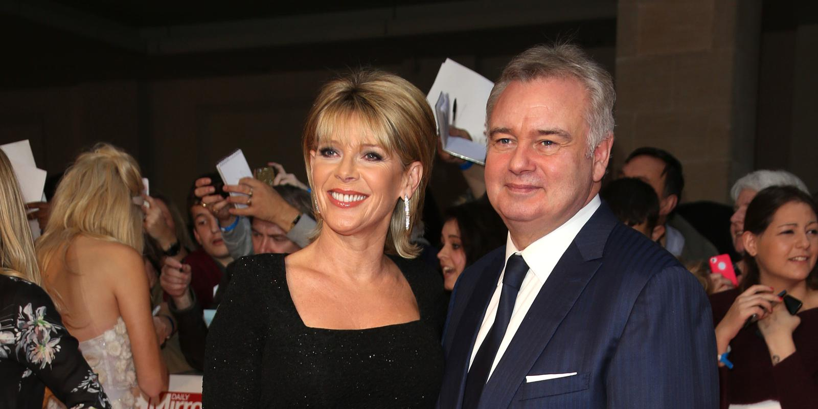 ruth langsford twerks for wedding planners ant dec. Black Bedroom Furniture Sets. Home Design Ideas