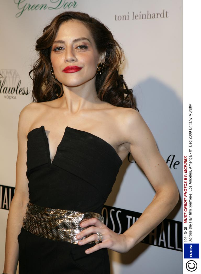 Parents of Brittany Murphy doubt that her daughter died from drugs 20.01.2010 25
