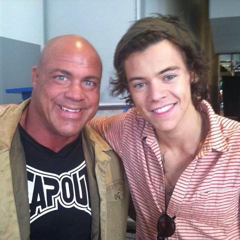 One directions liam payne takes on wrestler kurt angle during 1d day liam payne and harry styles meet kurt angle m4hsunfo