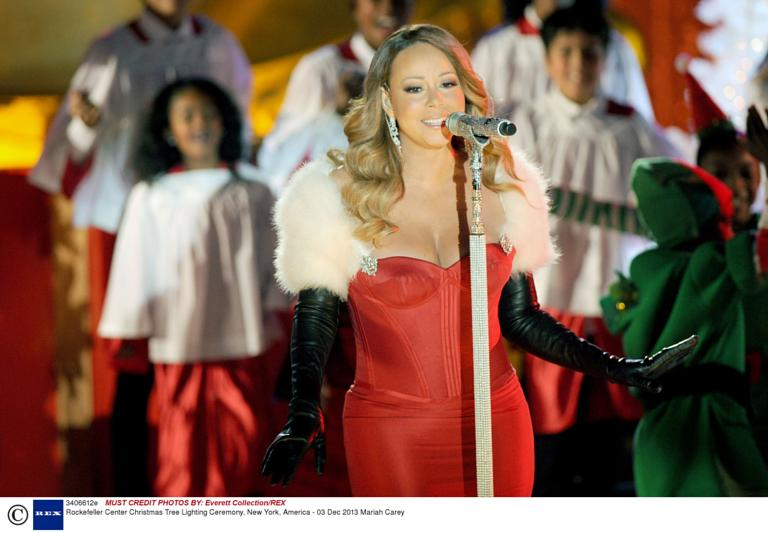 mariah carey performing live at 2013 rockefeller center christmas tree lighting at rockefeller center plaza in