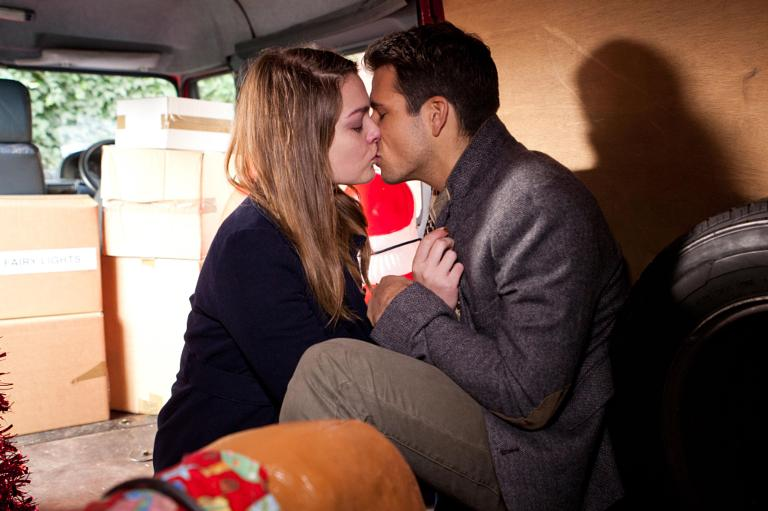 Hollyoaks Out Of Dodger Hookup Is Who