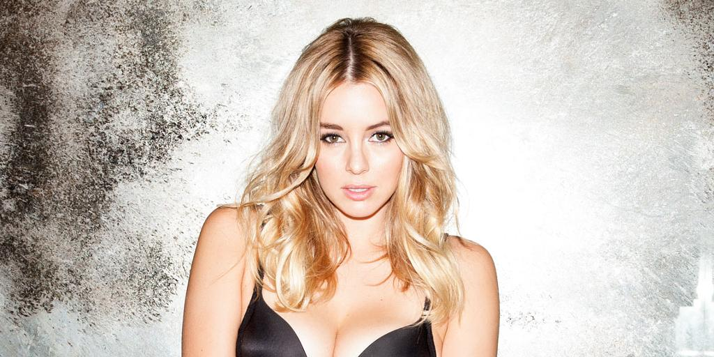 keeley hazell 39 i auditioned twice for fifty shades of grey 39. Black Bedroom Furniture Sets. Home Design Ideas