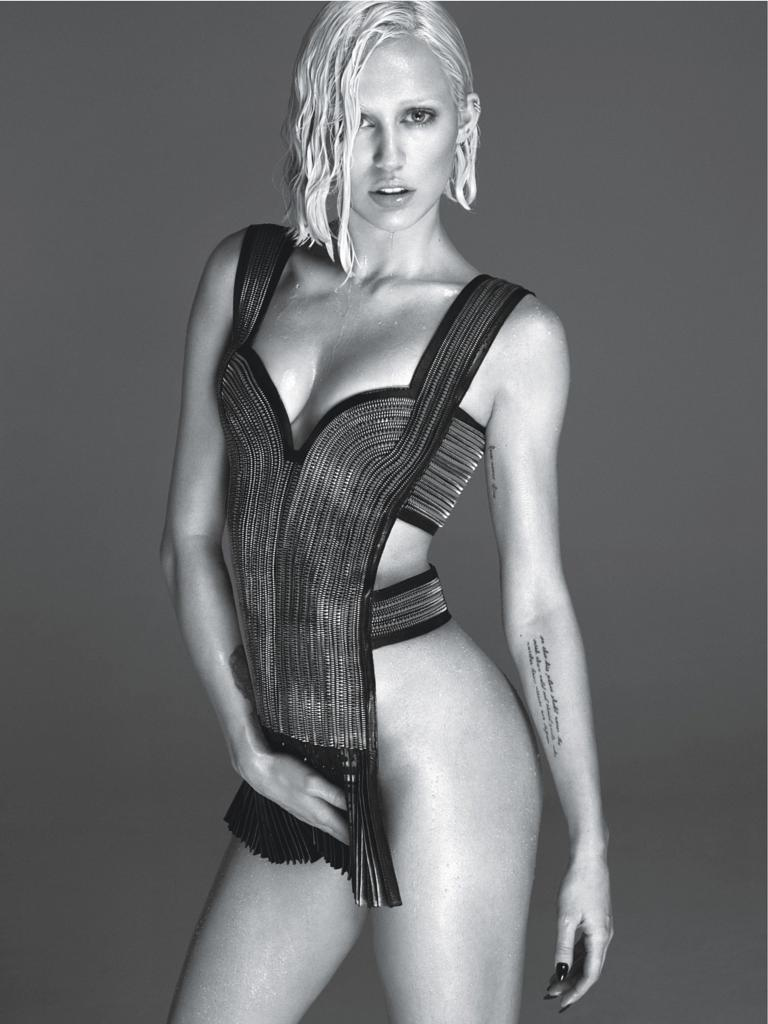 Vanna White Nude Photo Awesome miley cyrus poses nude for w magazine: 'i want to still do this at 75'