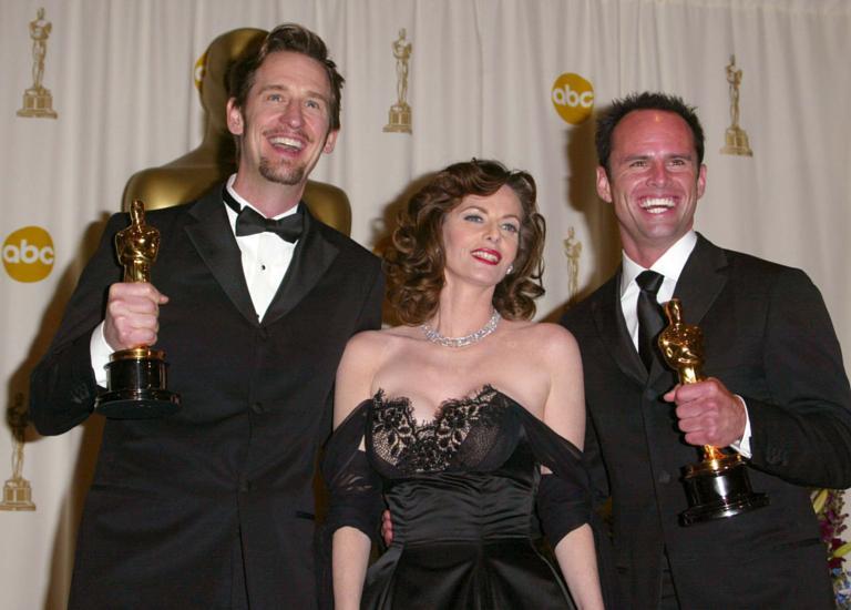 Walton Goggins wins an Oscar in 2001