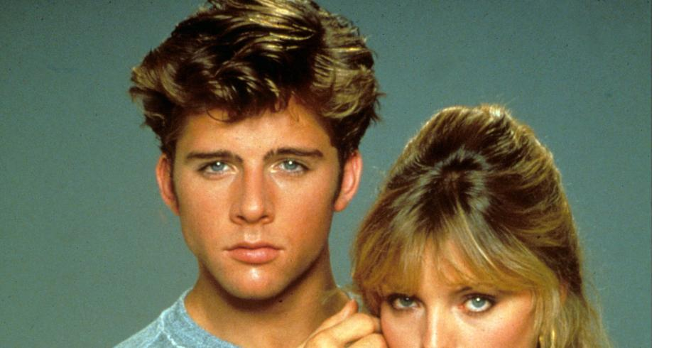 Watch grease 2 movie