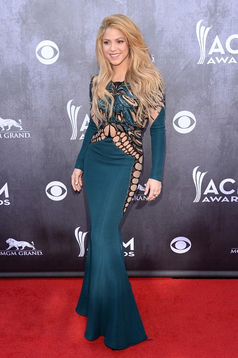 Shakira is the latest celebrity to condemn Donald Trump: \'You use ...
