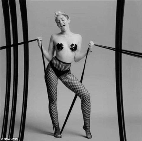 Miley Cyrus Tape Com
