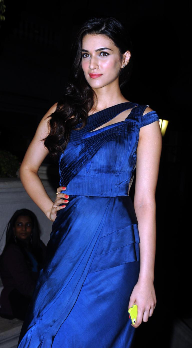 kriti sanon: 'amy jackson suits singh is bling role perfectly'