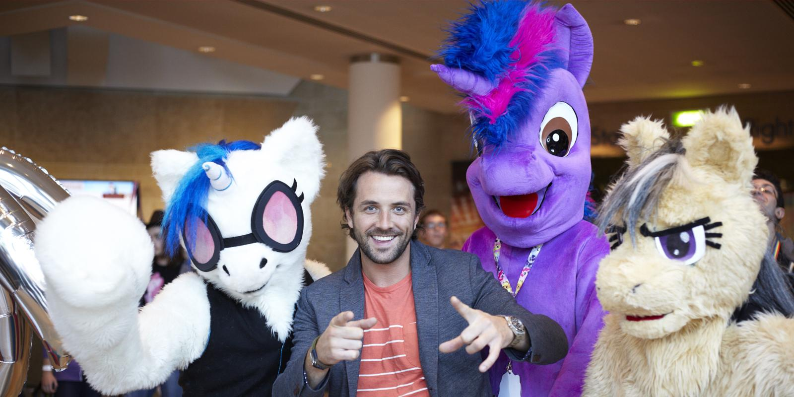 My Little Pony fan conventions are incredible: 7 pictures of 'Bronies'