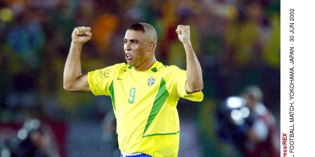 Awesome 11 Worst World Cup Hairstyles In History Ronaldo Chris Waddle More Short Hairstyles Gunalazisus