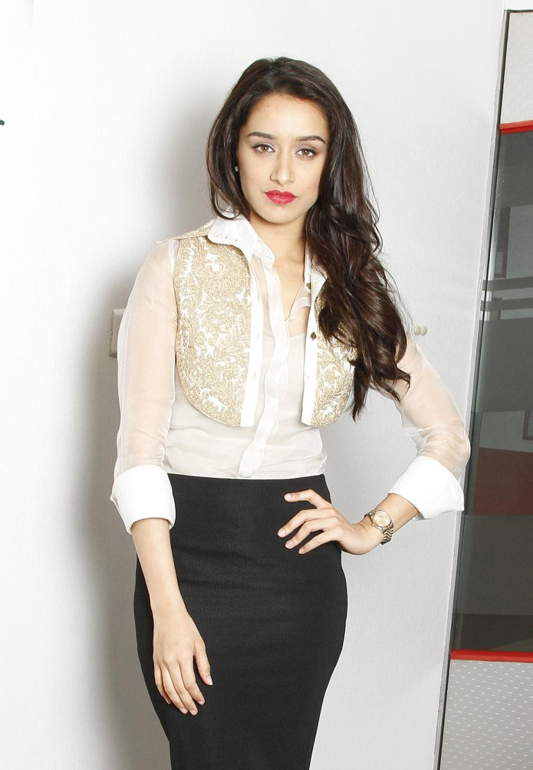 Shraddha Kapoor Suffers Injury On Set Of ABCD 2