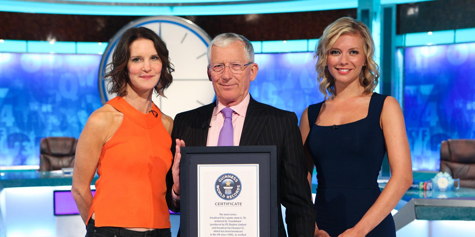 Countdown receives Guinness World Record for 6,000th show
