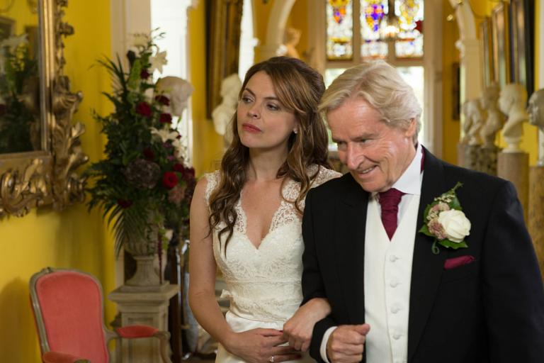 Ken S Tracy Down The Aisle Itv Coronation Street