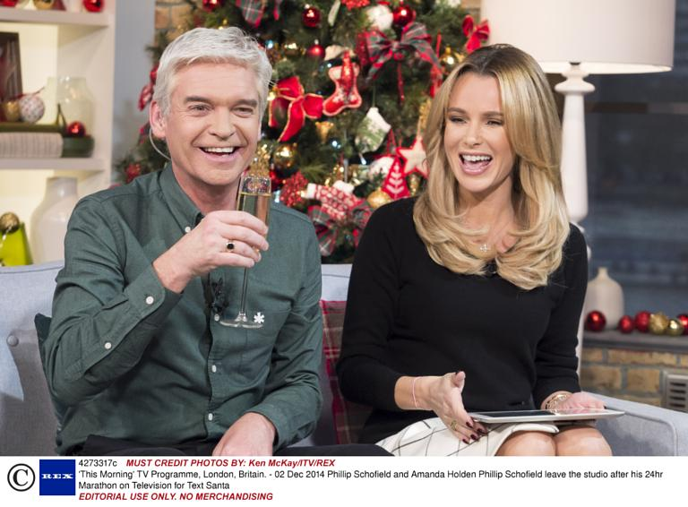 phillip schofield completes his text santa 24 hour marathon on this morning - 2014 Christmas Shows On Tv