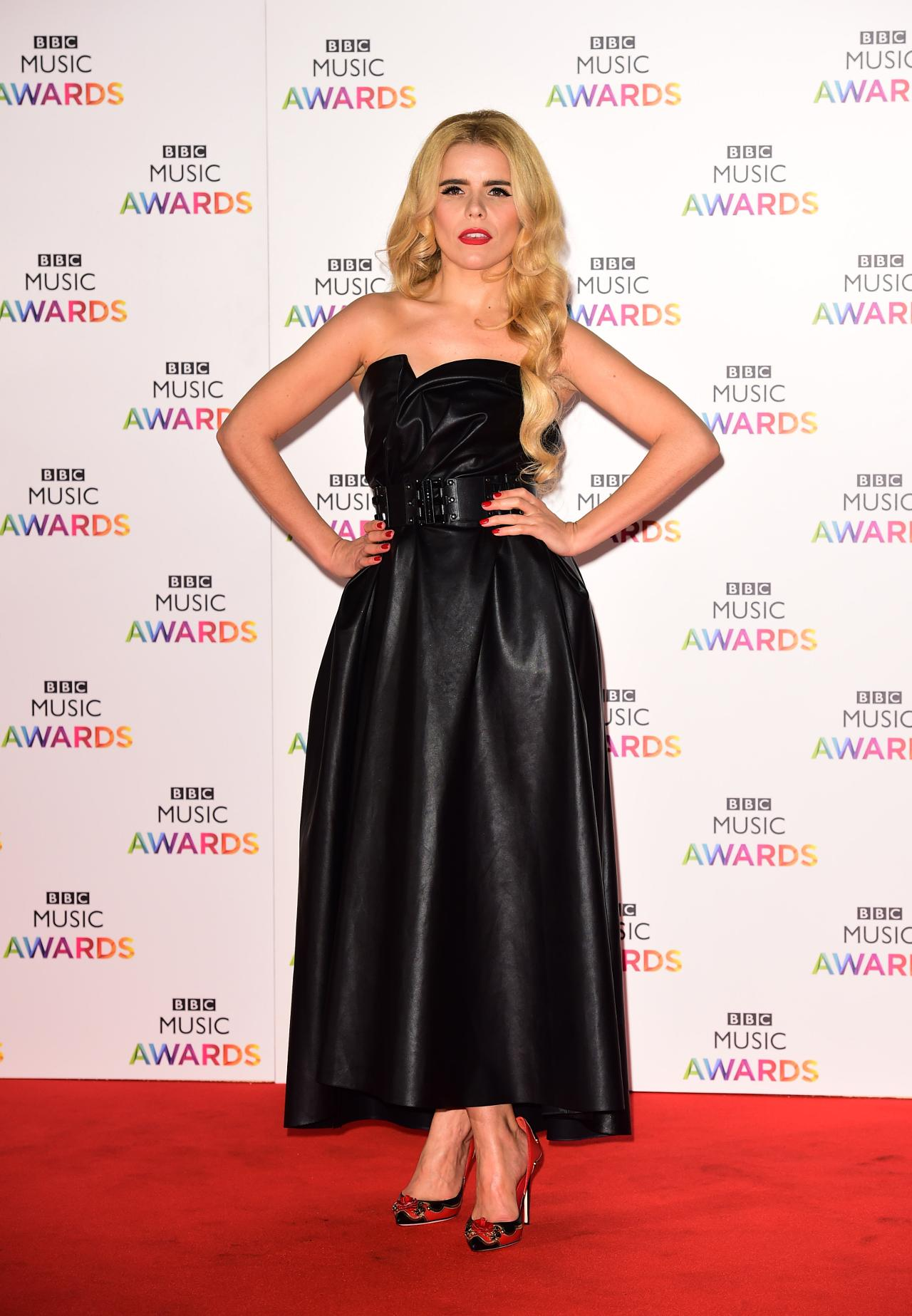 paloma faith picking up the pieces
