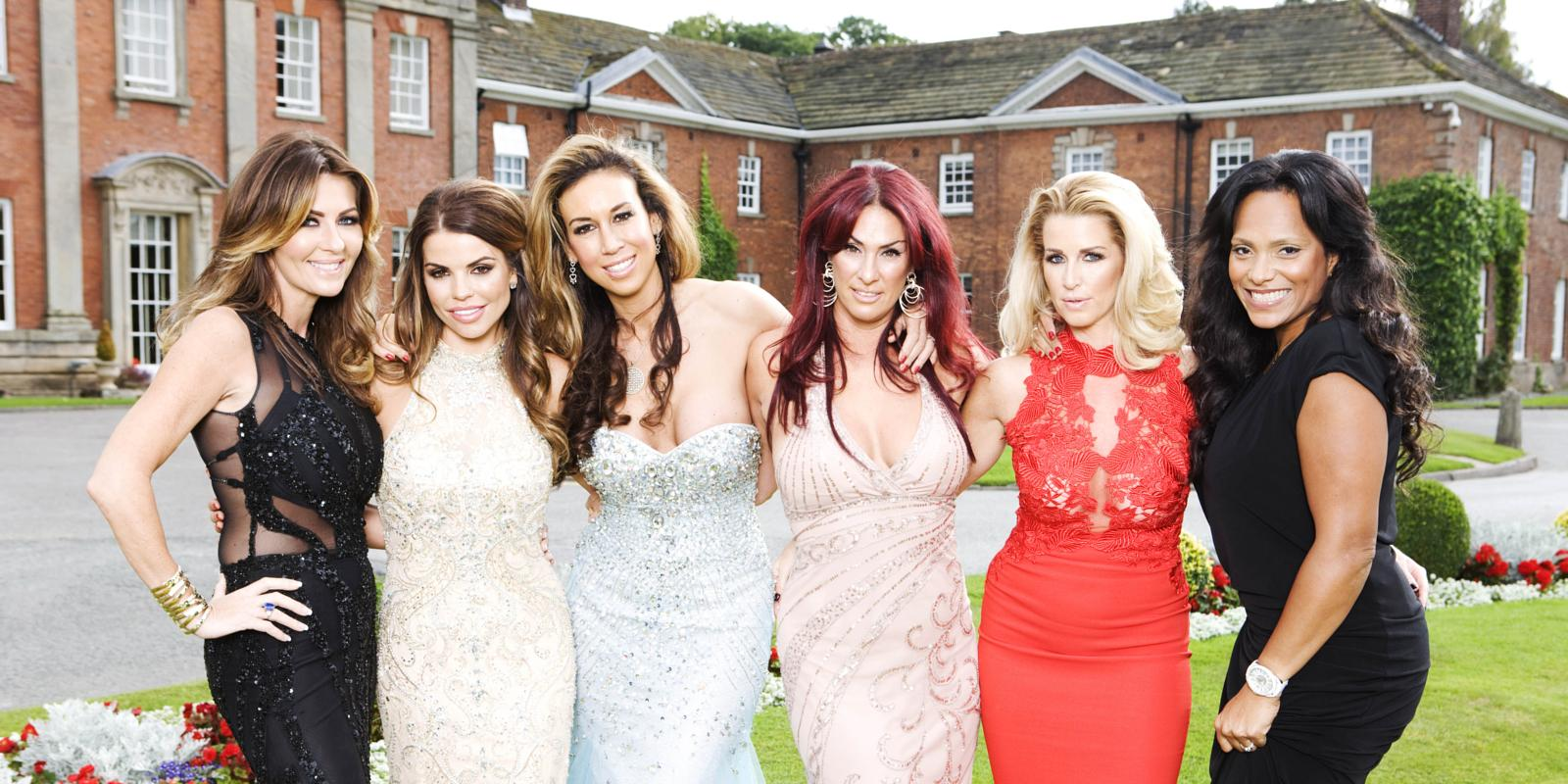 Real housewives of cheshire meet itvbe 39 s new reality stars for Chesire house