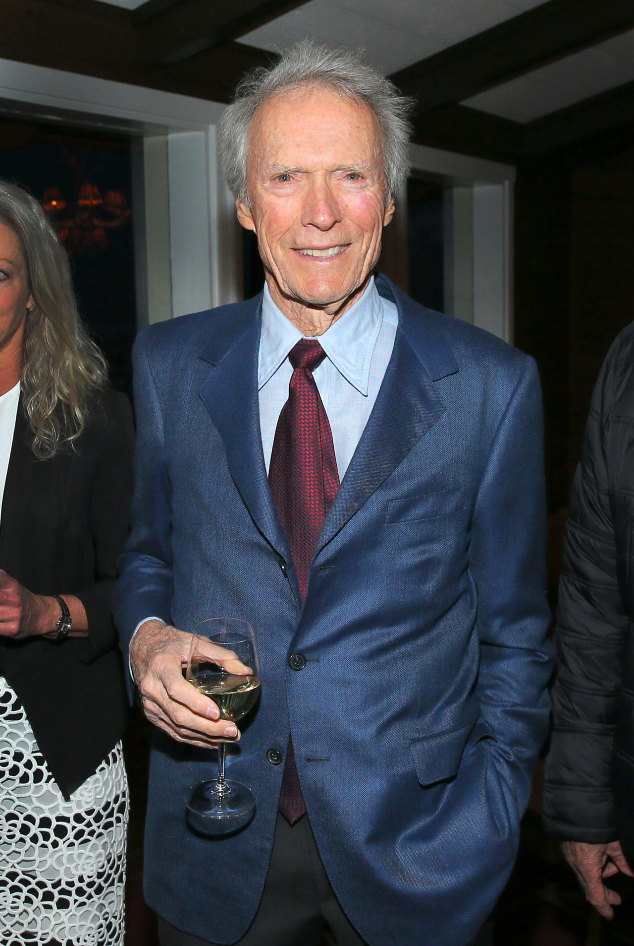 Empire American Sniper Review Gallery Showbiz Clint Eastwood