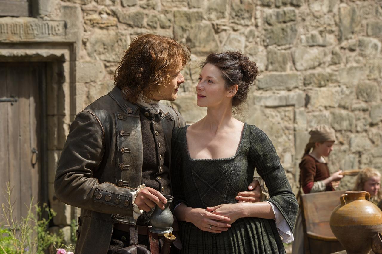 Caitriona Balfe SEX Caitriona Balfe & Sam Heughan in Outlander S01E12: &#39 ...
