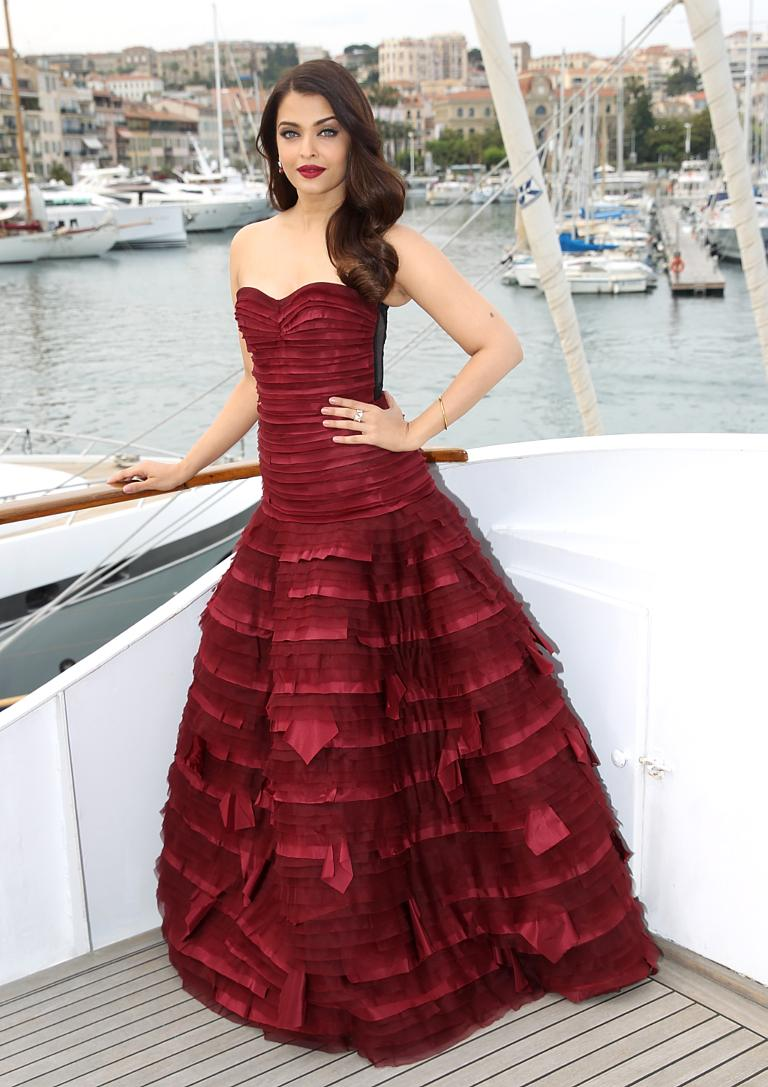 The biggest ball at the Cannes Film Festival: Sheik eclipsed everyone with her playfulness