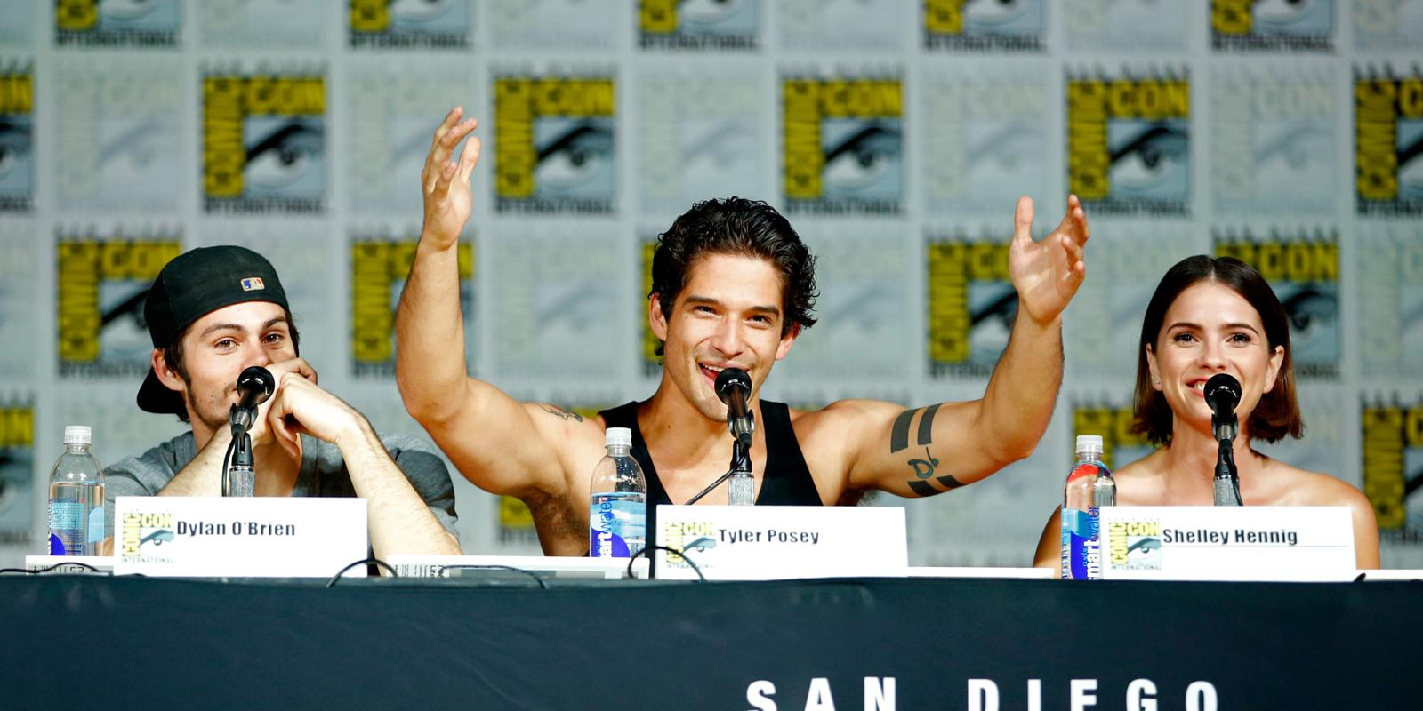 Teen Wolf Re Live All The Action From The Comic Con Panel As It