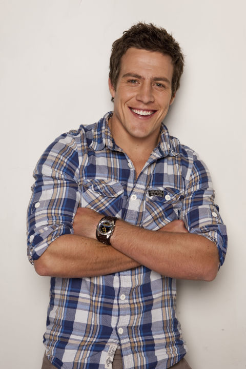 home and away stars dating Aussie soap home and away first hit our screens in 1988 taking us down under for a taste of life on the other side of the world, the show marked the start of remarkable careers for some.