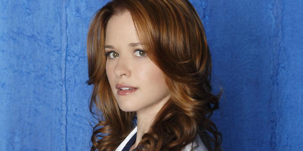 Greys Anatomy Star Sarah Drew Admits Its Now Painful To Watch