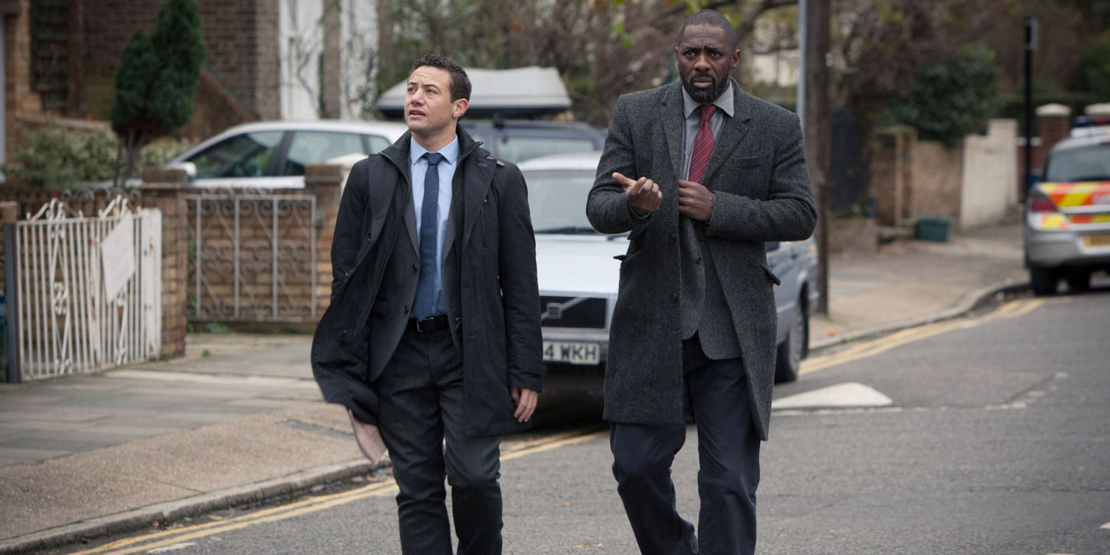 Warren Brown Isnt Sad He Missed Out On New Luther I Can Watch As
