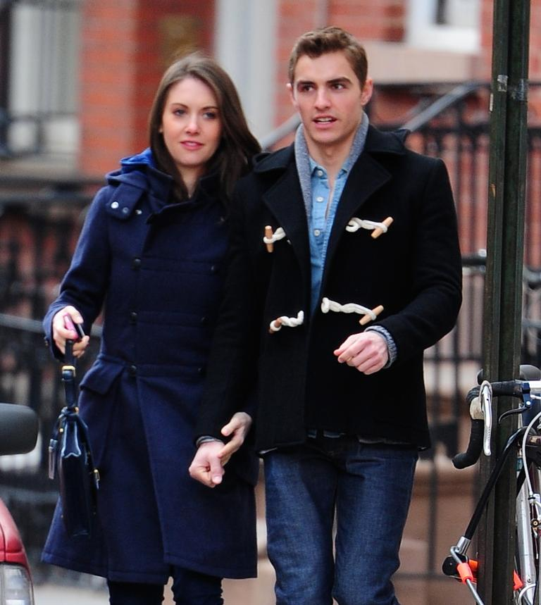 Dave franco and alison brie are getting married after almost four alison brie dave franco m4hsunfo
