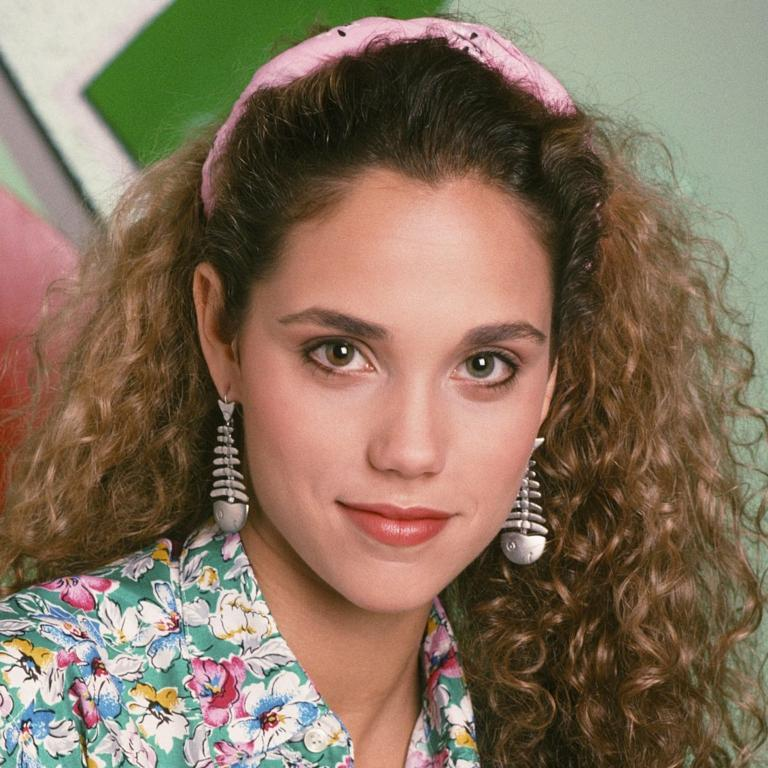 Whatever happened to elizabeth berkley 8 things she did after elizabeth berkley in saved by the bell voltagebd Image collections