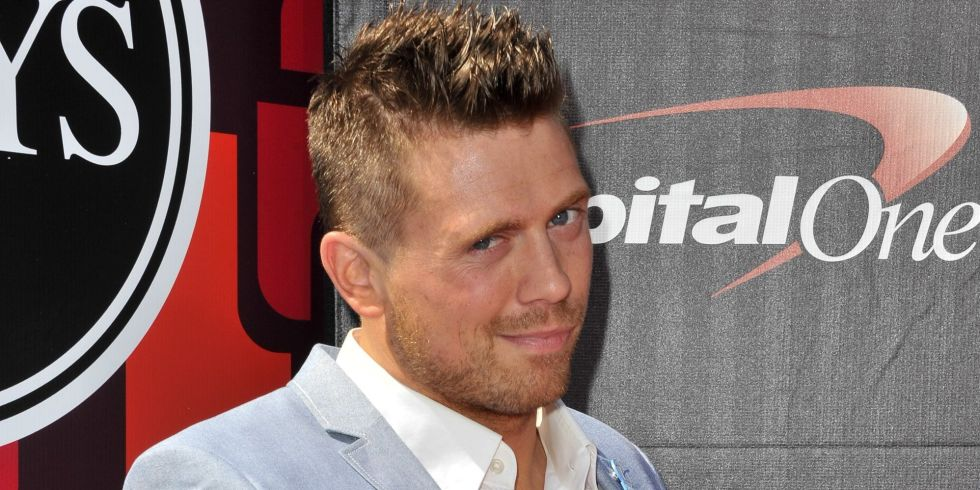 Wwes The Miz Is About To Body Slam The Winchester Boys On Supernatural