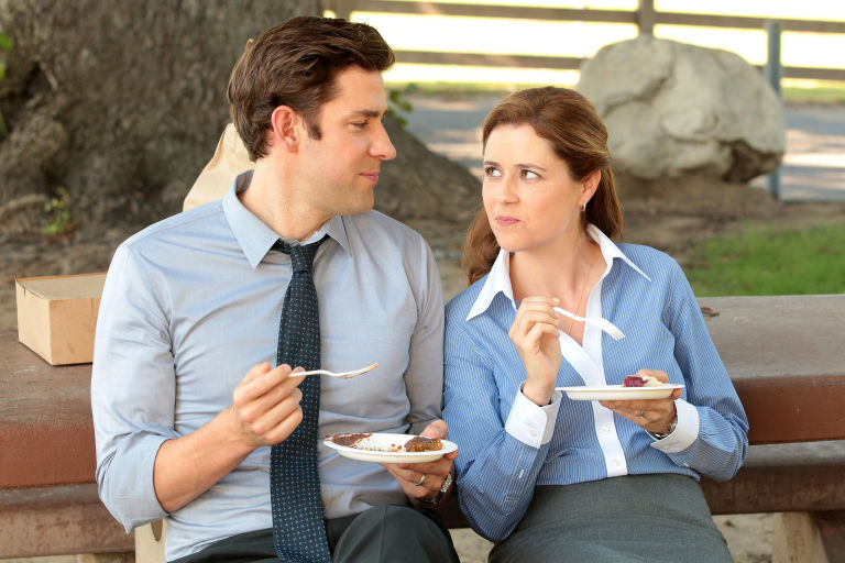Jenna Fischer And John Krasinski In The Office Season 9