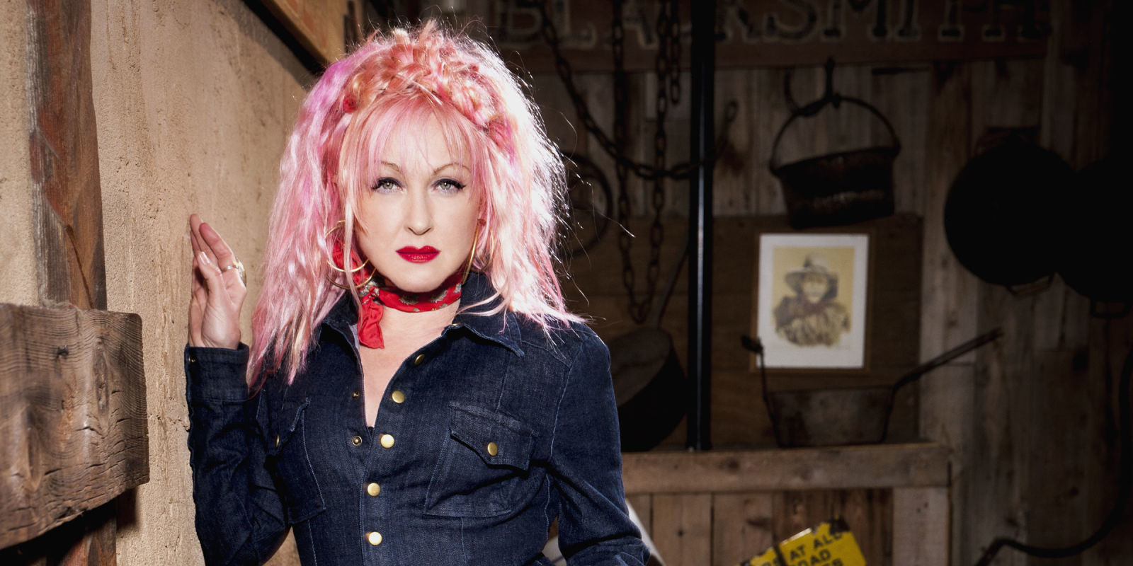 Cyndi Lauper Tour  Uk
