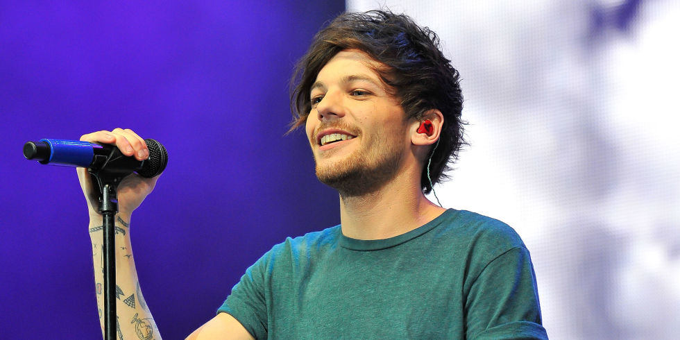Louis Tomlinson Performs At The 997 NOW Triple Ho Show 2015